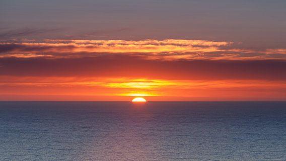 Zonsopkomst aan de west kust van Nieuw Zeeland