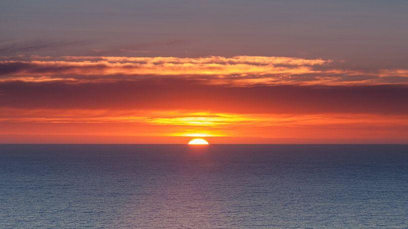 Zonsopkomst aan de west kust van Nieuw Zeeland van Henk Meijer Photography