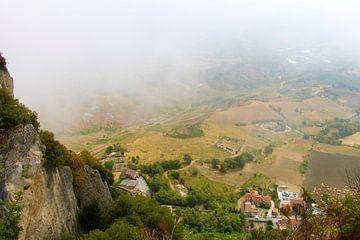 Uitzicht over San Marino van Charissa Oudejans