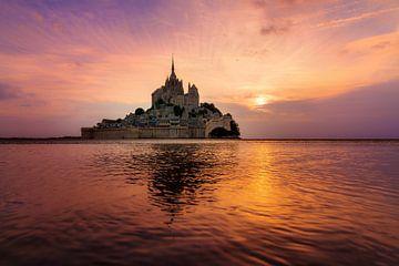 Zonsondergang landschap Mont Saint-Michel van Dennis van de Water