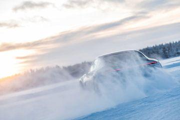 Porsche Drift Schnee von Bas Fransen