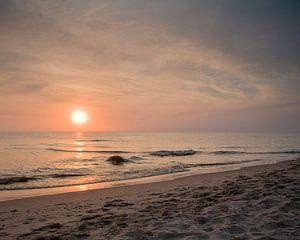 Zonsondergang op het strand in Callantsoog van