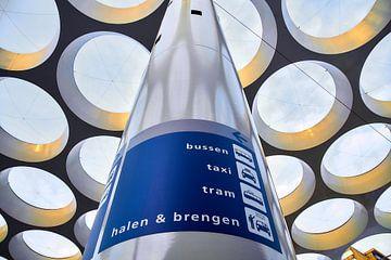 Toit d'ampoule pour la gare centrale d'Utrecht sur Ad Jekel