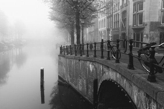 Mistig Amsterdam van Erol Cagdas