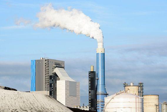 Steenkolen centrale van Sjoerd van der Wal