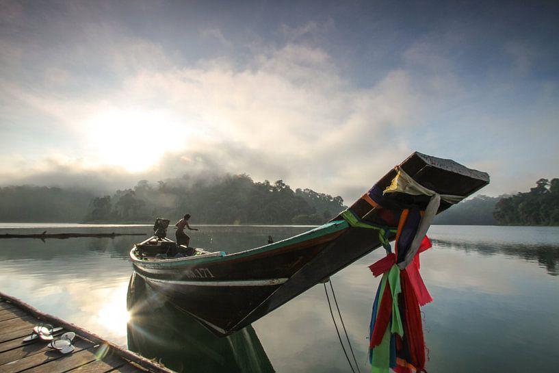 Morgenstimmung im Khao Sok Nationalpark von Levent Weber