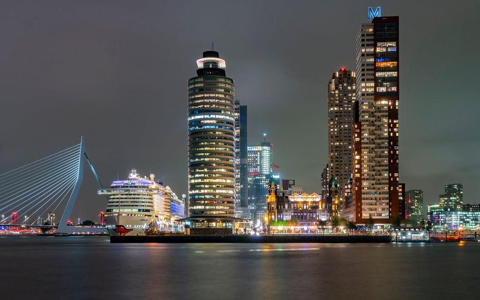 Nachtelijk Rotterdam van Jeroen Kleiberg