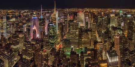 New York night sky line