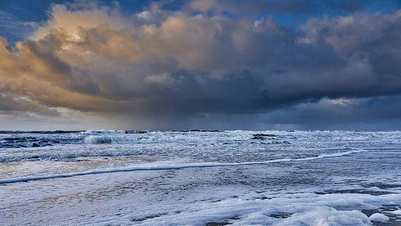 wolkenluchten boven de Noordzee