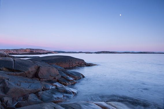 Rots, water, lucht en maan van Douwe Schut