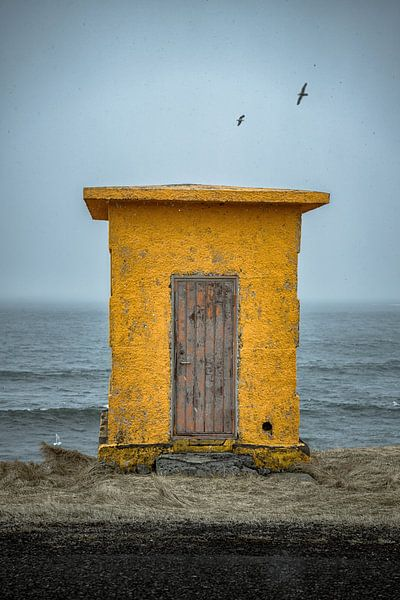 Yellow shed van Remco van Adrichem