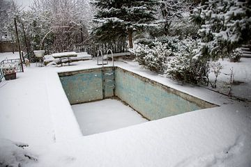 Schwimmbad aus dem Hüpfen von Bram de Muijnck