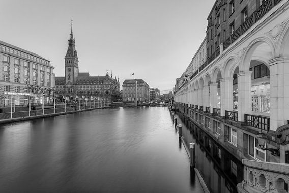 Hamburg Alsterarkaden and town hall black and white