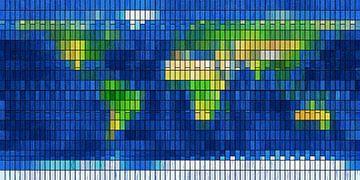 Wereldkaart in glas en lood van Frans Blok