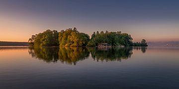 Roseninsel im Starnberger See von Toon van den Einde