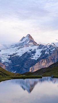 Zonsondergang bij Bachalpsee in Zwitserland van Jessica Lokker