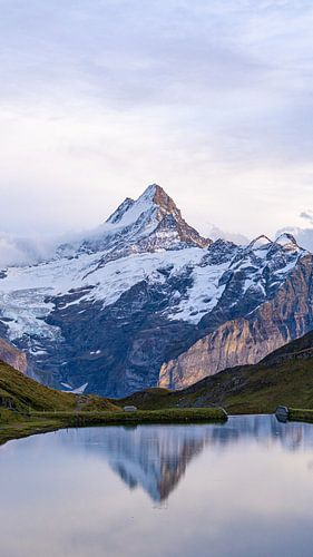 Zonsondergang bij Bachalpsee in Zwitserland