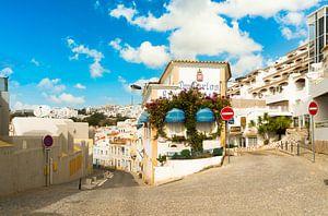 Verlassene Straßen in Albufeira an der Algarve in Südportugal