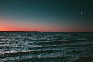 Mond über dem Horizont von Timo Brodtmann Fotografie