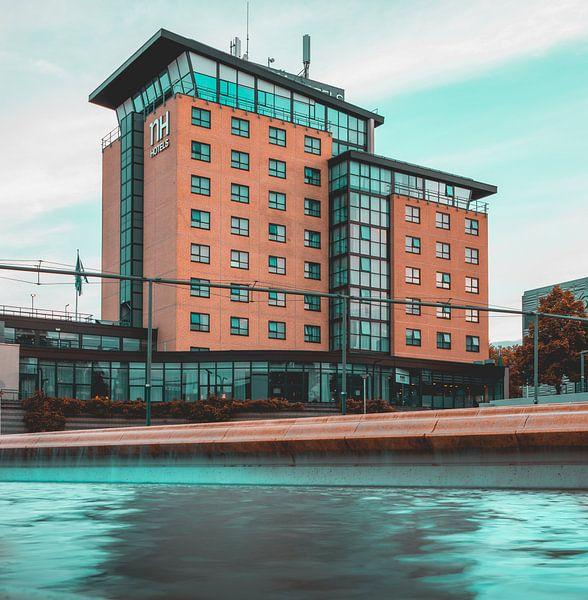 NH Hotel Zoetermeer van Chris Koekenberg