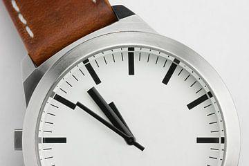 Horloge wit zonder tekst van Tonko Oosterink