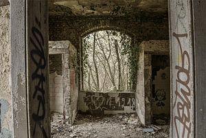 Fenster in einem verfallenen Gebäude