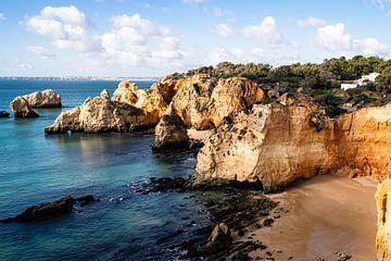 De kliffen van de Algarve van elma maaskant