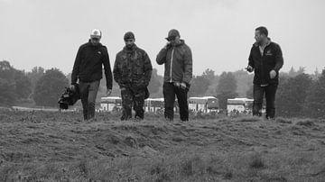 Militairen die terugkomen van een missie van Wilbert Van Veldhuizen
