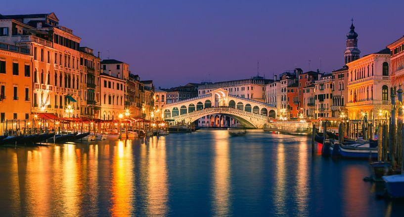 Rialto Bridge in Venice van Henk Meijer Photography