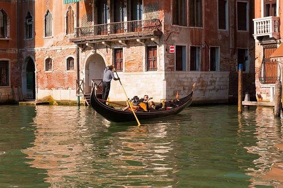 Venetia,Venice,Venetië  van Brian Morgan