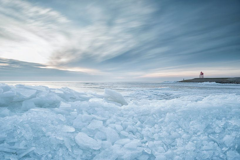 Kruiend ijs van Sigrid Westerbaan
