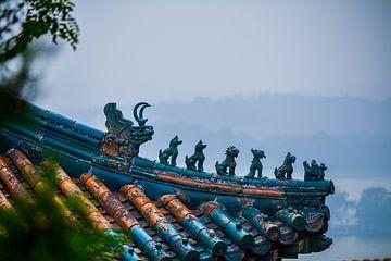 Chinesische Dachdekoration von Kenji Elzerman