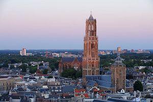Stadsgezicht van Utrecht met de Domtoren  van