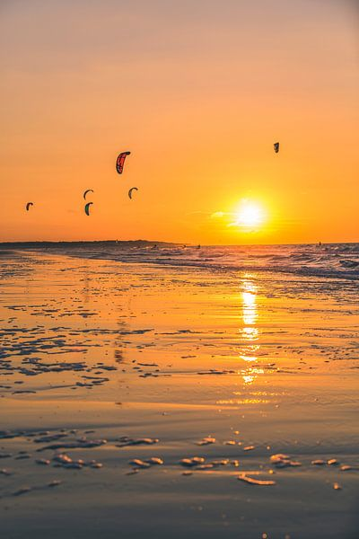 Zonsondergang Kitesurfen op Vrouwenpolder 2