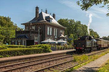Stoomtrein bij Station Schin op Geul van John Kreukniet