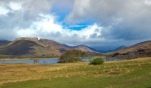 Meer in de hooglanden van Schotland