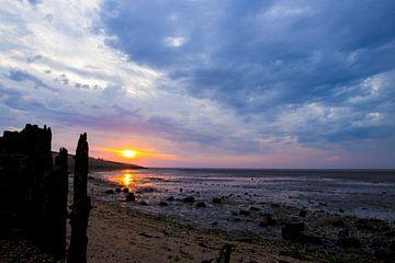 zonsondergang met een zee van wolken van Hollandse Kijker
