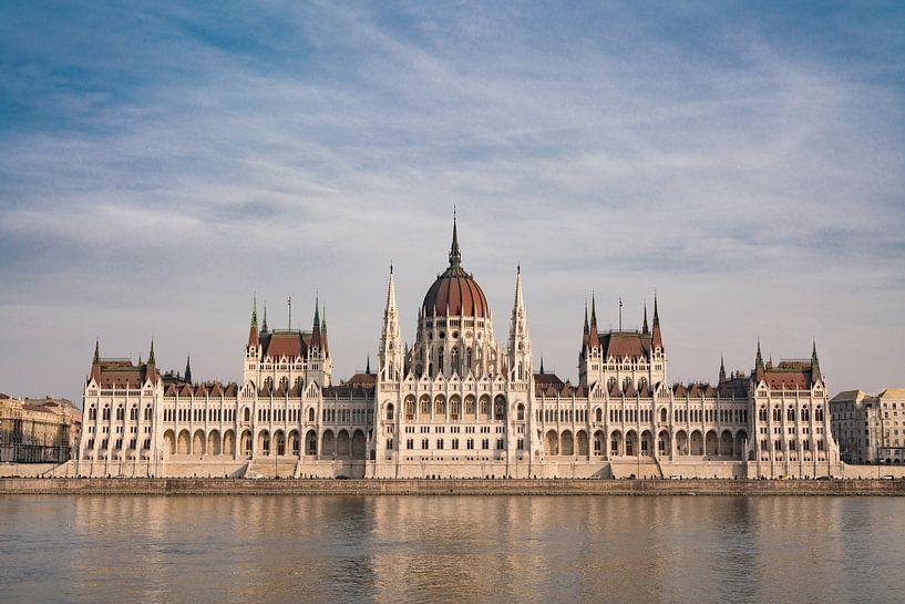 Hongaars Parlementsgebouw van Paul Oosterlaak