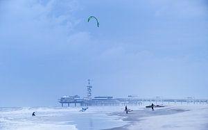 Scheveningen beach van Nico Garstman
