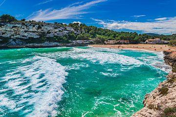 Mallorca strand, kust van Cala Romantica, Mallorca Spanje Balearen van Alex Winter