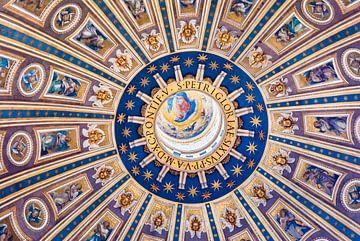 Plafond décoré de la Basilique Saint-Pierre sur Fotografiecor .nl