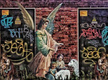 Heilige graffiti – een engel als herder van Ruben van Gogh