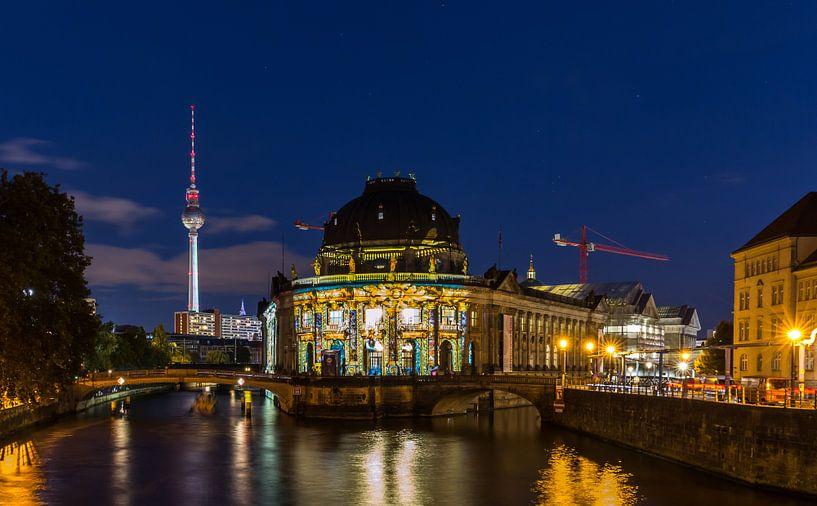 Berlin avec sa tour de télévision et son île aux musées sur Frank Herrmann