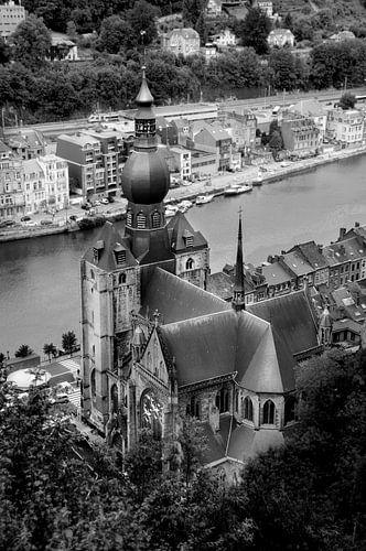 Kerk Dinant Belgie van Bovenaf van