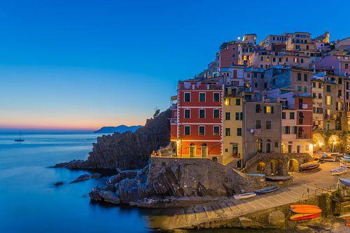 Riomaggiore by Night - Cinque Terre, Italië - 1 van Tux Photography