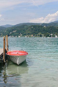 Rode boot op de Wörthersee | Karinthië | Oostenrijk | Reisfotografie van Mirjam Broekhof