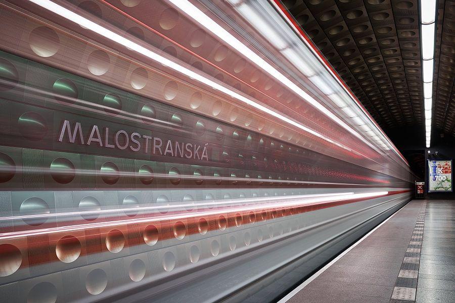 Speed of Light van Scott McQuaide