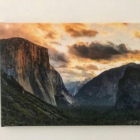 Klantfoto: Tunnel View met El Capitan bij zonsopgang, Yosemite National Park, Californië, USA van Markus Lange, op canvas