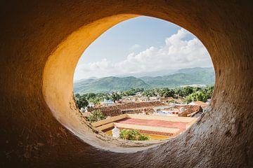 Het uitzicht vanuit de kerktoren in Trinidad van Art Shop West
