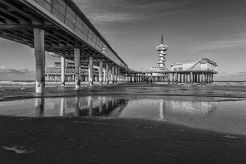 Pier van scheveningen in zwart wit von Contrast inBeeld